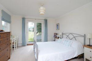 7-East-Parkside-Warlingham-118766-Ph30.jpg